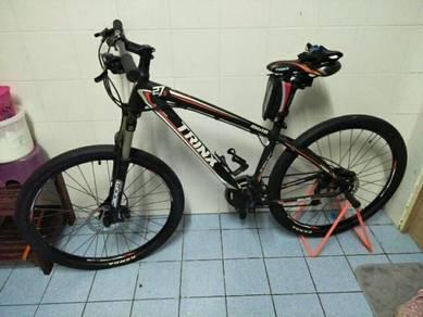 Basikal, topi, stand basikal, glove, baju 1set