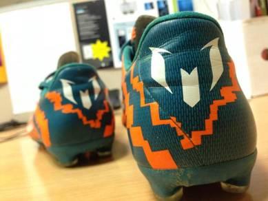 Kasut Adidas Made in Cambodia ori UK7
