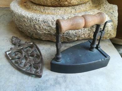 Ber1 Antique coal iron seterika tembaga antik