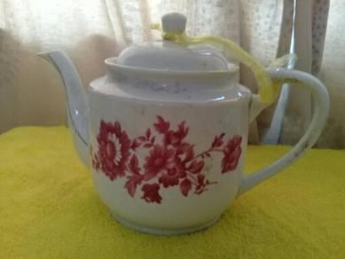 119 Antik teko kekwa merah not kangkung teapot