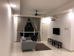10min to KL,SG BESI NEWCONDO 2r2b2carpark Fully furniture move in july