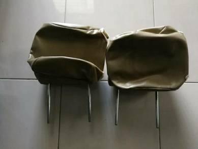 Headrest Depan Innova