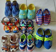 Multiple baby shoe package