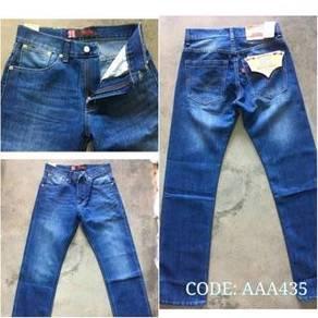 DRTS333 Jeans LEVISAAA