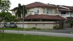 Well Maintained Corner House Sale At Ipoh
