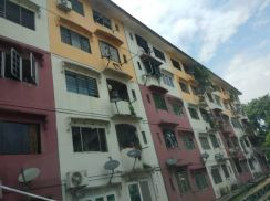 Flat Taman Cempaka Non Bumi Lot Low selling price