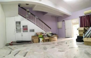 Double Storey Terres House Intermediate Saujana Puchong S8 Puchong