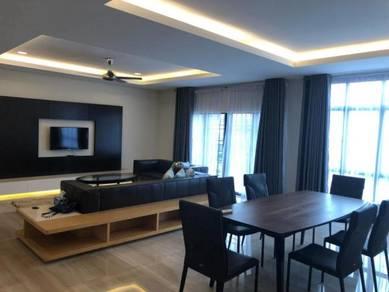 JB Town, Palm Garden Condominium For Rent