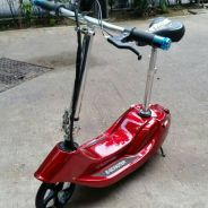Kids 24v escooter red