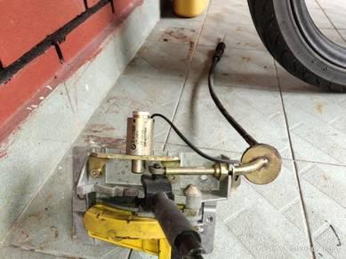Bmw e36 318 gear shifter.