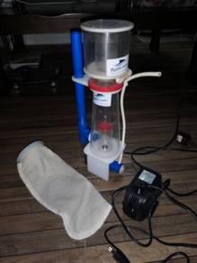 Skimmer pump and stockin