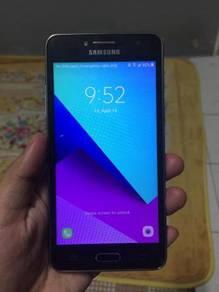 Samsung J 2
