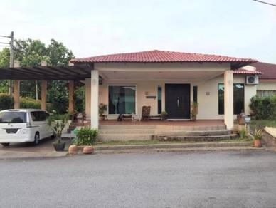 CORNER Renovated SEMI-D Single storey Green Street Homes Seremban 2