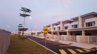 Nice Super Link Terrace House Hijayu 3 Sendayan Oppsoite Club D'TEMPAT
