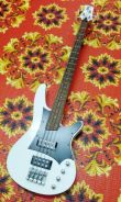 Guitar bass ibanez srx430