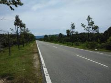 CL land facing main road, Beaufort