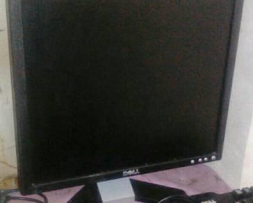 Mencari Monitor Pc
