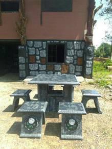Set meja batu