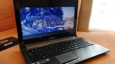 Asus i7 Multimedia Laptop 15.6