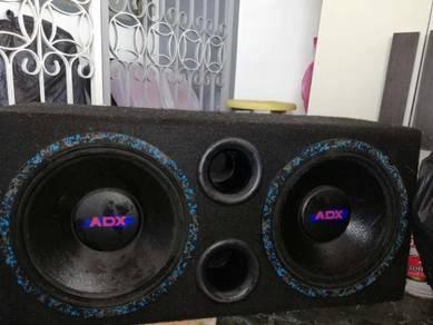 Speaker box car