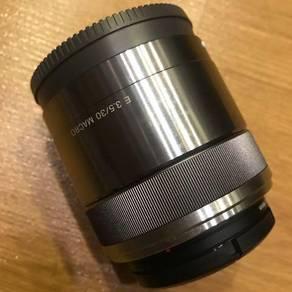 Sony Macro lense E3.5/30