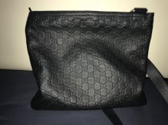 Gucci messenger bag for sell