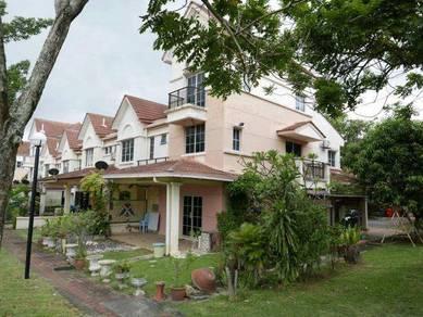 FOR SALE:2 and a half storey terrace Putrajaya nice location Presint 8