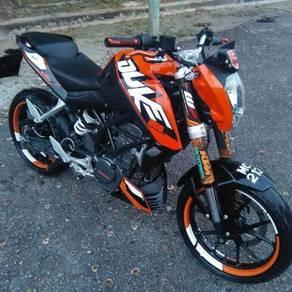 2015 KTM 200 Duke