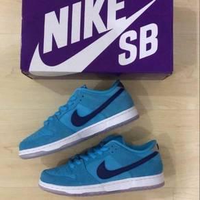 Nike sb dunk low blue furry