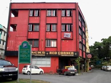 999 Corner 4 storey home stay in heritage zone of Kuching