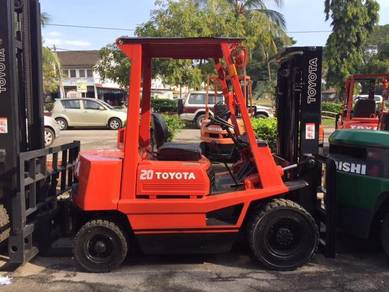 Japan Direct Import TOYOTA 2 Ton Diesel Forklift