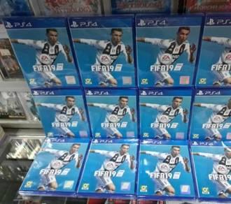 PS4 FIFA19 disc
