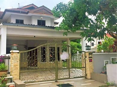 {Corner} 2 Storey Terrace , Bandar Tun Hussein onn ( Extra Parking )