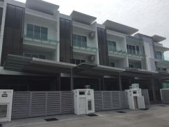 Ghee Hiang Gardens Residences Terrace House Greenlane