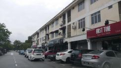 Single shop lot at Jln Pulai Perdana 11/x