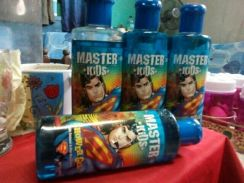 Master kids shower gel dc comic