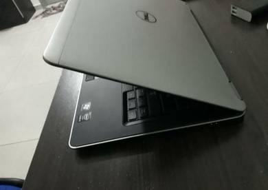 Ultrabook DELL i5 4310U 8GB RAM 256GB SSD