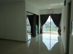 Partly Furnished 2 rooms unit Cybersquare,Cyberjaya for rent
