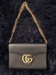 Gucci Black GG Marmont Cellarius Wallet Bag