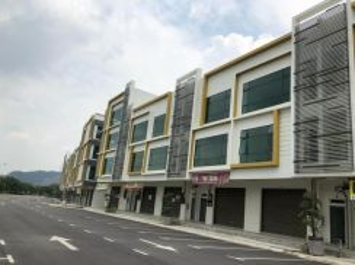 RM500 Booking Fee Gelang Patah Shop PF at Jalan SiLC
