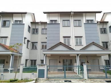 24 hrs gated guarded!! Ampang Ukay Perdana 2.5 sty terrace house 23x65