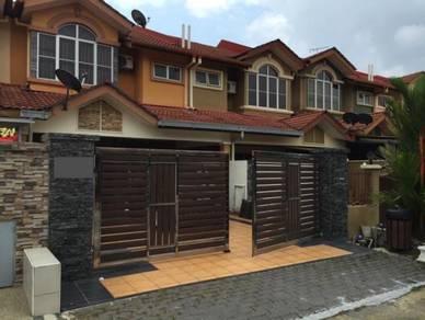 {PHOENIX VILLA} 22x86 Freehold Link House, Near Seremban, Free Legal