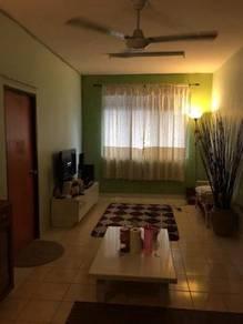 Camelia Court Apartment Nilai Impian