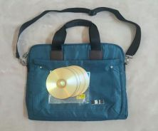 Laptop Bag with 5 empty CDs to store assigments