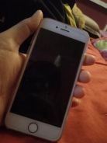 Iphone 7.32gb.silver