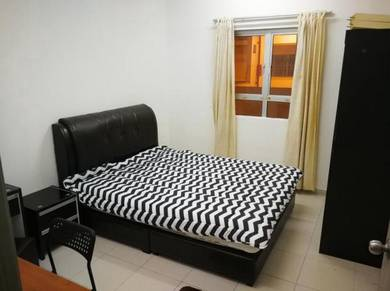Suria jelatek small room 4 female near LRT,ampang park,klcc,kl central