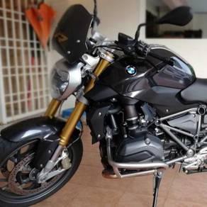 Bmw r1200r naked bikeroadster