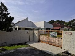 For Rent - Single Storey Bungalow House Tok Sira