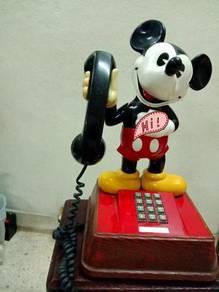Teliphone lama mikey