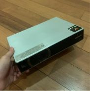 Projector Sony VPL-CX20